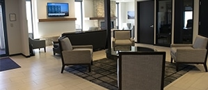 https://www.paragonaviationgroup.com/wp-content/uploads/2017/09/Silverhawk_Aviation_KLNK_Lincoln_FBO_in_Nebraska.jpg