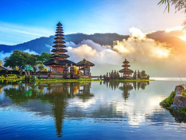 https://www.paragonaviationgroup.com/wp-content/uploads/2018/08/Bali_ExecuJet_Indonesia.jpg