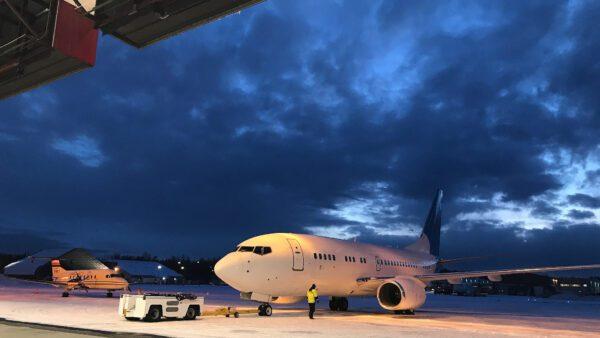 https://www.paragonaviationgroup.com/wp-content/uploads/2020/03/Ross-Aviation-Great-Circle-B737-Hangar.jpg